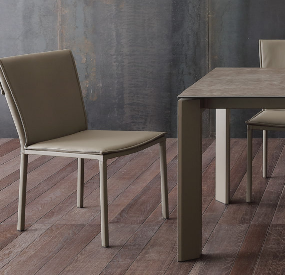 sedie e tavoli per cucina e sala da pranzo