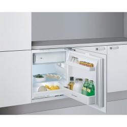 Indesit INTSZ1612 frigocongelatore sottotavolo