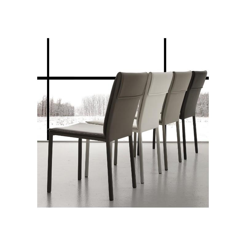 Tavolo allungabile da cucina con sedie tavoli e sedie for Tavolo allungabile e sedie